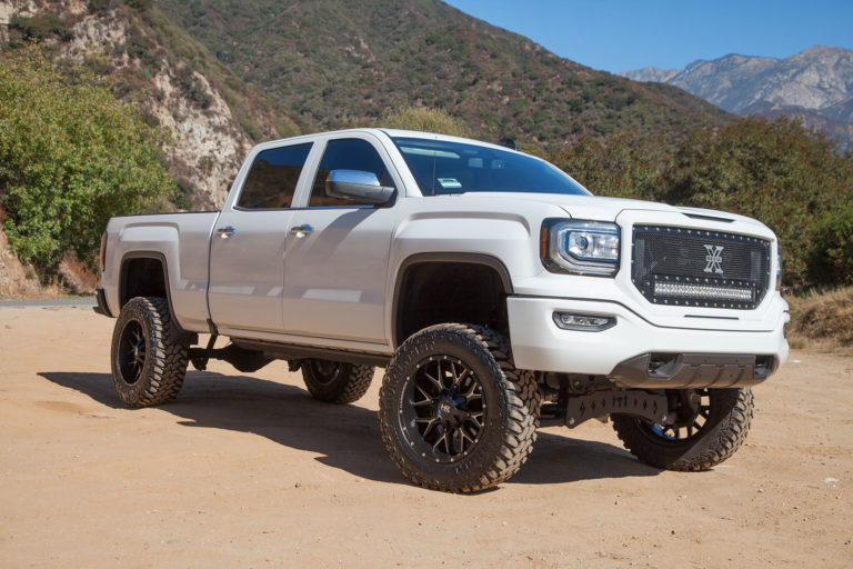 Hardrock 20×10 Affliction Wheels on a White GMC Sierra