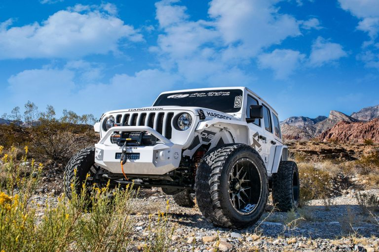 Hardrock H500 Affliction Xposed – White Jeep Wrangler – SEMA Build