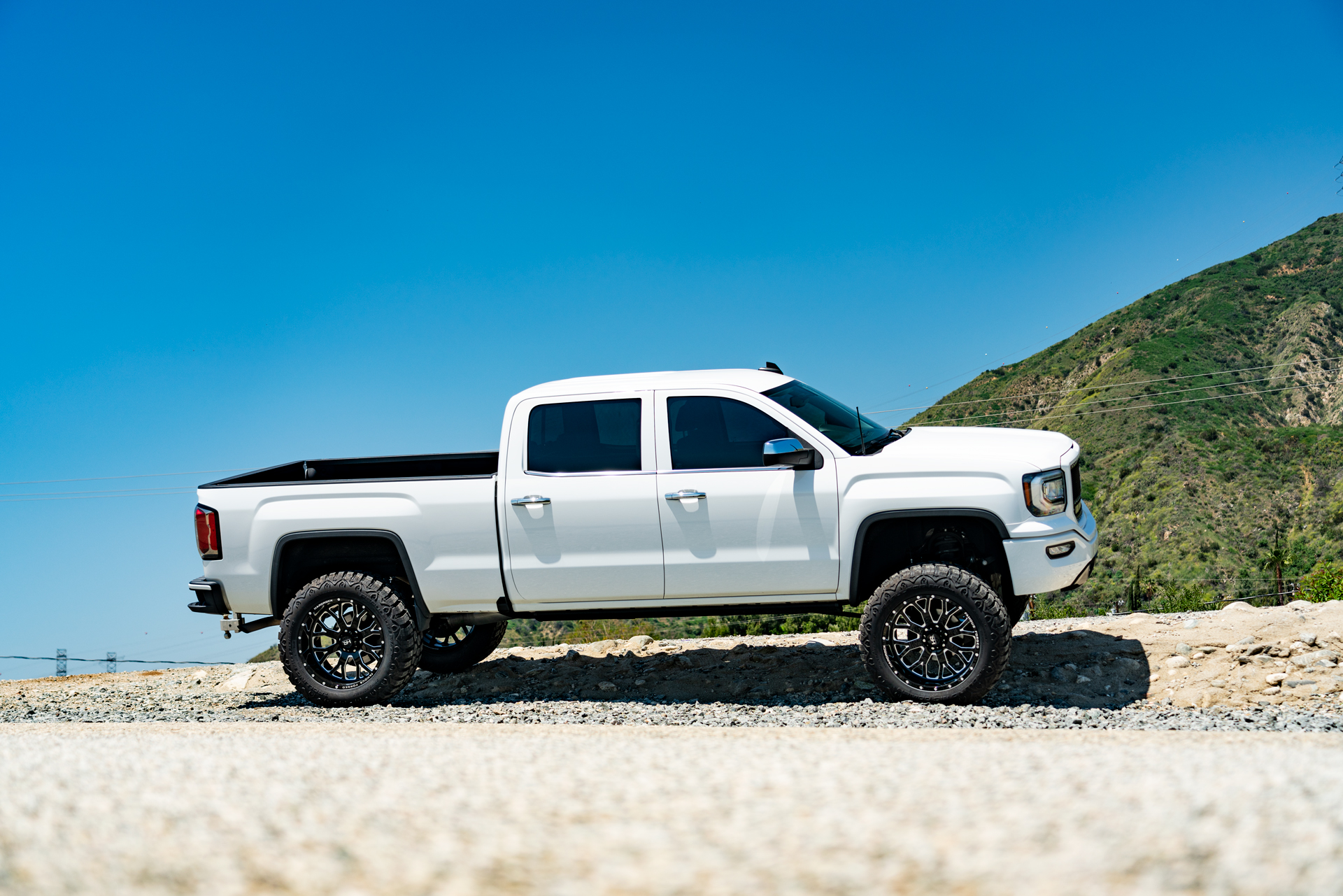 Famous Forged H801 22x12 Lifted GMC Sierra